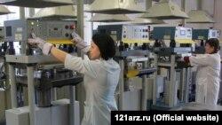 Працівники заводу, фото з сайту підприємства