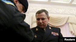 Стоєцький під час затримання в Кабміні, 25 березня 2015 року