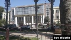 Лицей N 1 в городе Душанбе