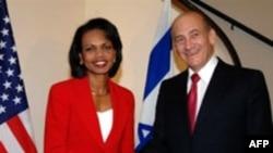 کاندولیزا رایس روز یکشنبه همچنین با نخست وزیر اسراییل دیدار و گفت وگو کرد.