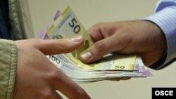 World -- Corruption, bribery, generic photo