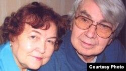 Нэлі і Ігар Дабралюбавы, фота зь сямейнага архіву