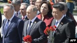 Нурсултан Назарбаев, Владимир Путин и Си Цзиньпин.