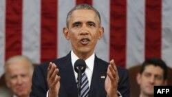Президент США выступает с обращением к конгрессу. 12 января 2016 года.