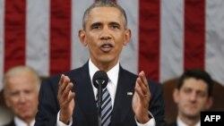 АҚШ президенті Барак Обама конгресс алдында жолдау оқып тұр. Вашингтон, 12 қаңтар 2016 жыл.