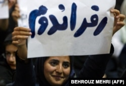 Recently, 15 prominent Iranians called for a referendum on whether Iran should become a secular parliamentary democracy.