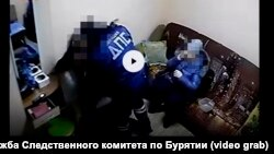 Нападение сотрудников ДПС Бурятии на директора автомойки.