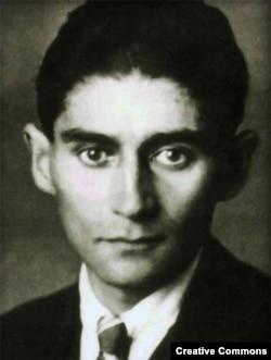 Franz Kafkanın həyatının son illərinə aid fotosu.
