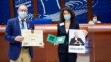 Acceptând premiul în numele Mariei, sora ei a spus că Maria Kolesnikova și-ar dori să dedice premiul tuturor cetățenilor din Belarus care luptă pentru drepturile lor.
