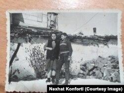 Safina dhe Nexhat Konforti në Prishtinë.