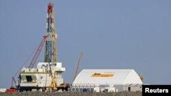 Буровая платформа на шельфе Каспийского моря. Иллюстративное фото.