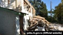 Ремонт школ в Ялте