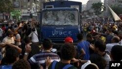 Египеттегі әскерилер билігіне қарсы наразылық шерулері. Каир, 11 қазан 2013 жыл. (Көрнекі сурет)