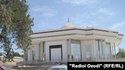 """Мечеть """"Нури ислом"""" в Худжанде"""