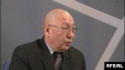 Убактылуу өкмөттүн аппарат башчысы Э.Каптагаев