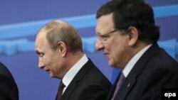 Президент Росії Володимир Путін і президент Єврокомісії Жозе Мануель Баррозу у штаб-квартирі Європейської ради в Брюсселі, 28 січня 2014 року