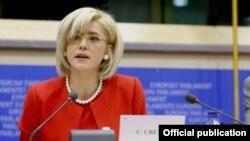 Corina Creţu (Sursa foto: europarlamentariisd.ro)