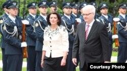 Presidenti kroat Ivo Josipoviq dhe presidentja kosovare Atifete Jahjaga në Zagreb, 06 qershor 2012.