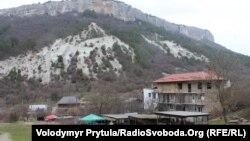 Депортациядән соң бушап калган Коҗа Сала авылын 1990-нчы елларда кайткан кырымтатарлары үзләре яңадан төзегәннәр