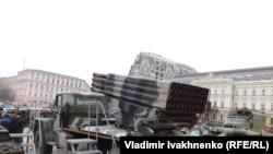 Выставка российской военной техники в центре Киева, 21 февраля 2015 г.