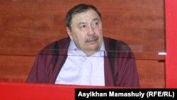Ержан Утембаев - на скамье подсудимых. 2 января 2014 года.