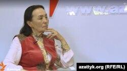 """Жамал Сейдакматова """"Азаттыктын"""" студиясында. 2016-жыл, май."""