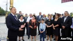 Azerbaijan -- President Ilham Aliyev meets residents of Yevlakh district, 07Oct2012