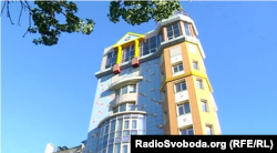 Будинок в окупованому Донецьку, в якому Сазонова придбала квартиру