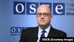 Голова місії ОБСЄ в Боснії та Герцеговині Джонатан Мур