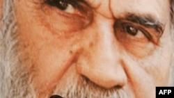 "Analizçileriň pikiriçe, Ahmedinejadyň ""Rewolýusiýa sakçylary"" tarapyndan tankytlanmagy ýokary dini ýolbaşçy Aýatolla Ali Hameneýi tarapyndan oňa berilýän bir duýduryş."