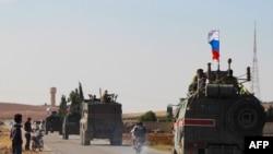 Сүриядә Русия хәрбиләре (архив фотосы)