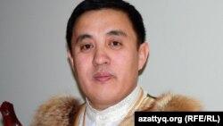 Серікзат Дүйсенғазин, айтыскер ақын. Алматы, 11 ақпан 2012 жыл.