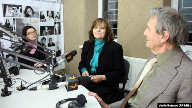 Ioana Boca (stânga), Ana Blandiana, Romulus Rusan