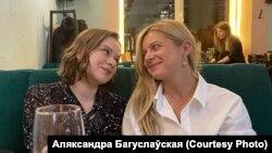Журналісткі Аляксандра Багуслаўская і Алена Талкачова, архіўнае фота