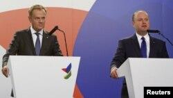 Donald Tusk și premierul Joseph Muscat
