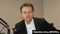 Siegfried Mureșan în studioul Europei Libere de la Chișinău