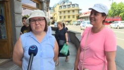 Russian Tourists In Georgia Unfazed By Putin's Flight Ban
