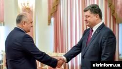 Ігор Смешко і Петро Порошенко