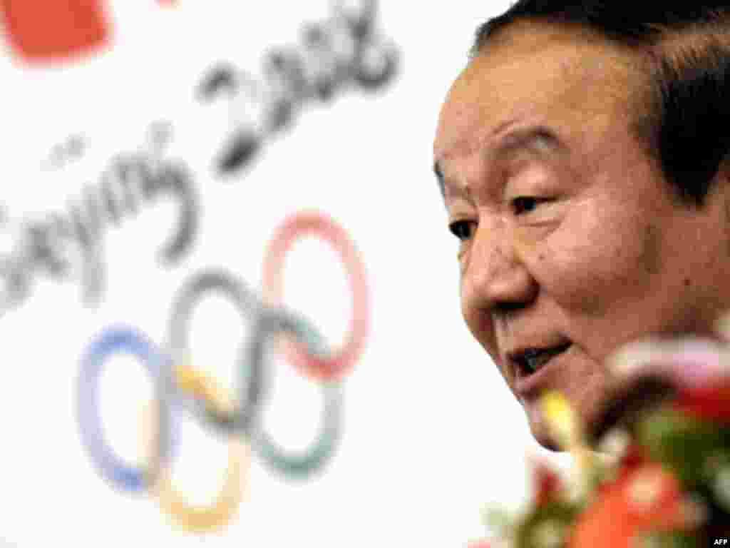 Вице-президент оргкомитета игр Цзян Саоюй обещает, что огонь обязательно пронесут и по мятежному Тибету.