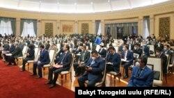 Жогорку кеңеш депутаттарының отырысы. Бішкек, 28 қазан 2020 жыл.