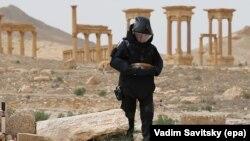 Российский сапер в сирийской Пальмире