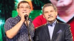 Татарский певец Салават Фатхутдинов (слева) и татарский поэт Роберт Миннуллин родились в Башкортостане