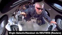 Richard Branson tokom leta u svemir, 11. jula 2021.
