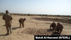 وحدة عسكرية خاصة تفكك ألغاماً في الناصرية