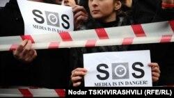 По оценкам экспертов, в целом ситуация со свободной прессой в республике остается плачевной