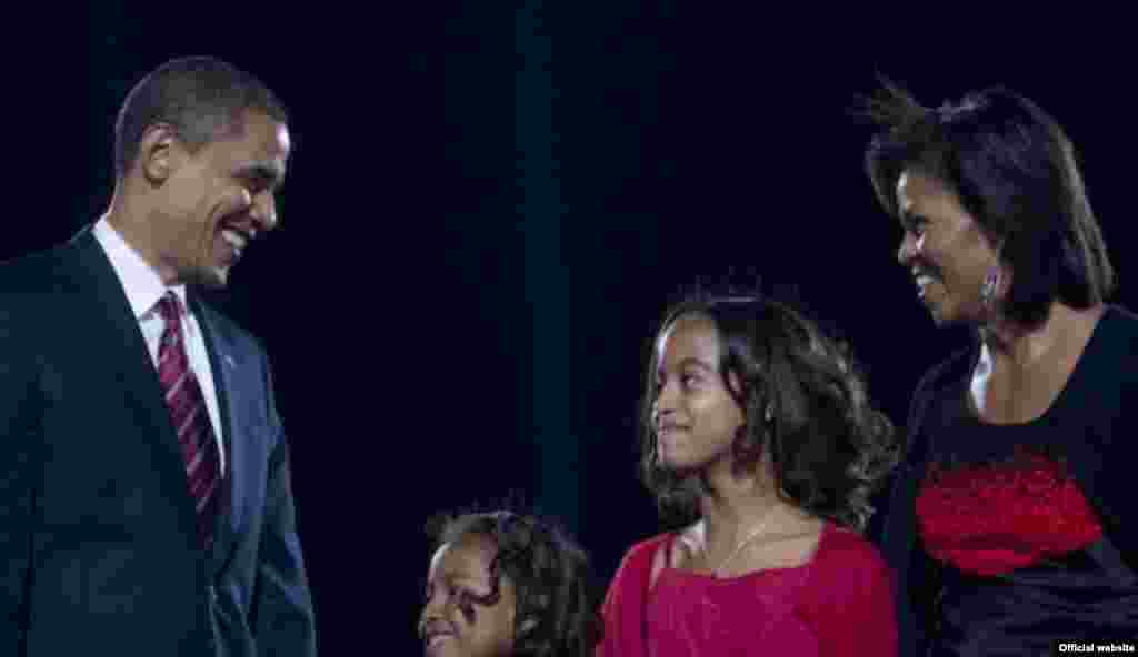 Obama's family, friends, and supporters celebrate victory at rally in Grant Park, Chicago, IL. - obama10