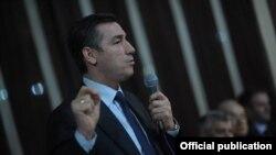 Odluka Srpske liste ne ugrožava vladajuću koaliciju: Kadri Veseli