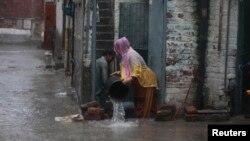 Наводнение в Пакистане. Лахор, 5 сентября 2014 года.