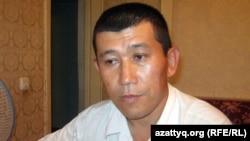 Үшінші топтағы мүгедек Әлімхан Мүліков. Алматы облысы. 17 шілде 2011 жыл.