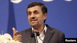 Иран президенті Махмуд Ахмежинежад.